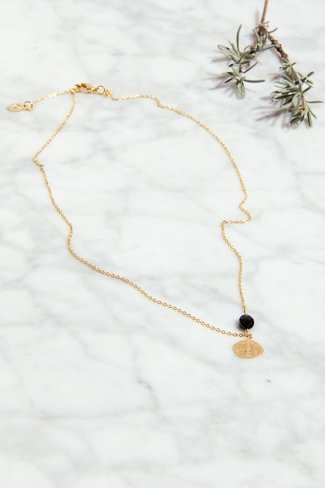 Leaf Pearl Necklace