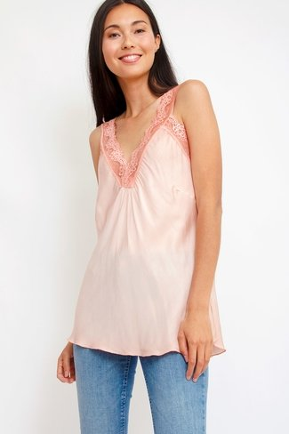 Lace V-neck Top Coral Sweet Like You